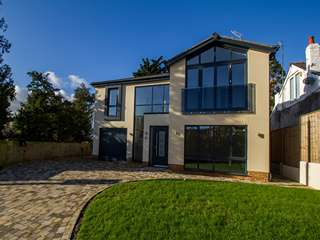 Finished picture of new build property featuring triple glazed aluminium windows from AMS.