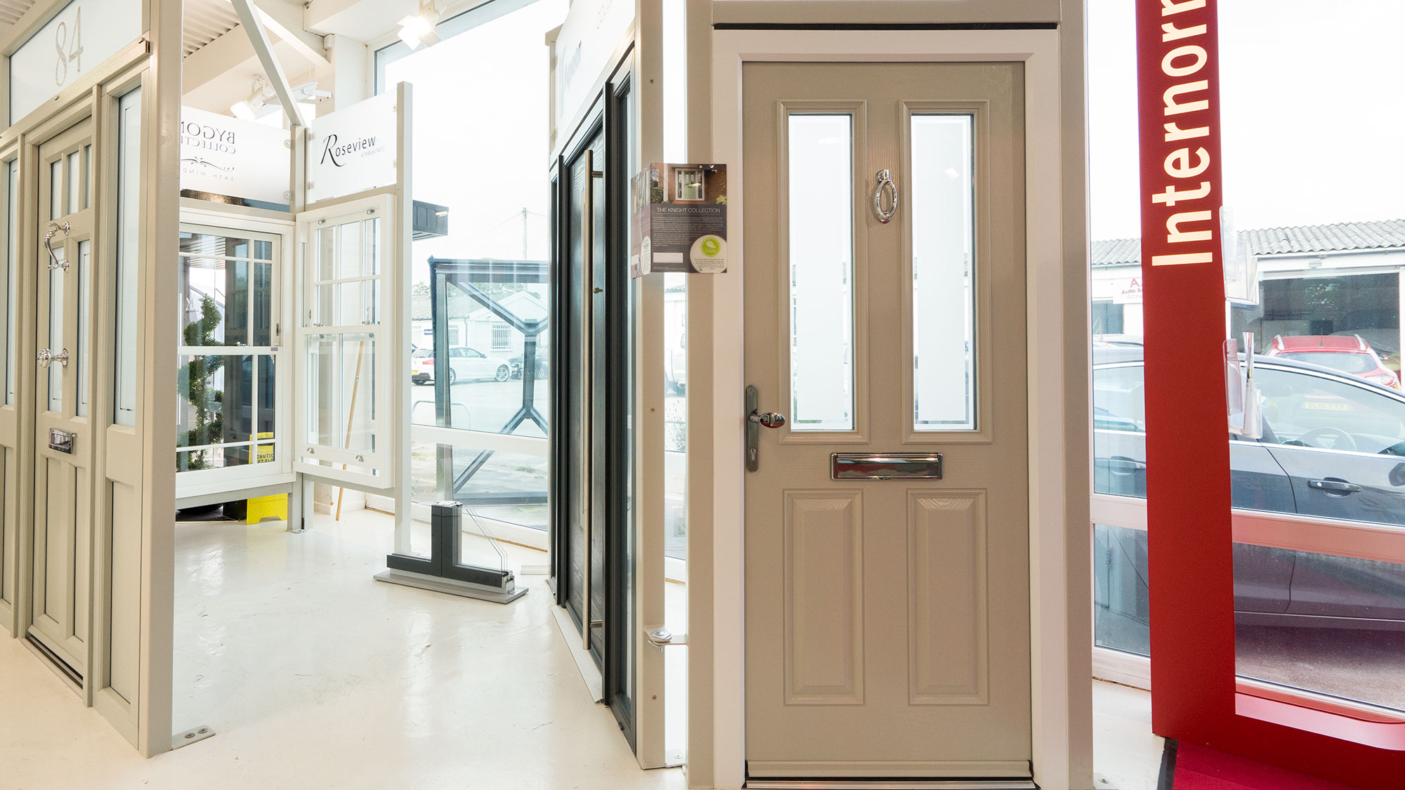 Installation of entrance doors: installation features, technology and recommendations