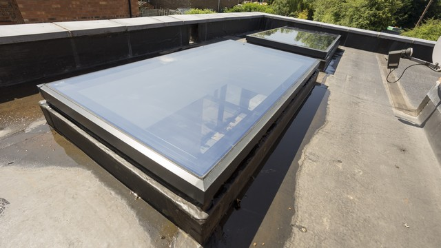 Another angle of the flat aluminium roof lights.