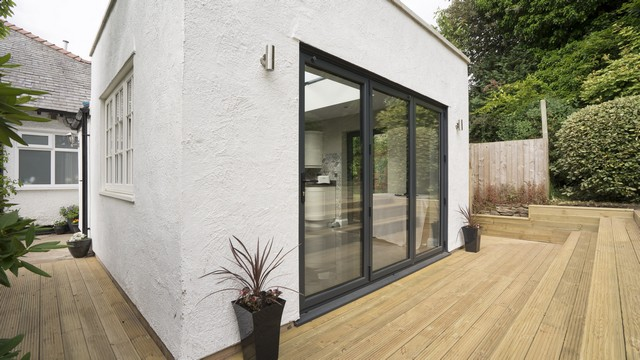 3 panel Aluminium bifolds.
