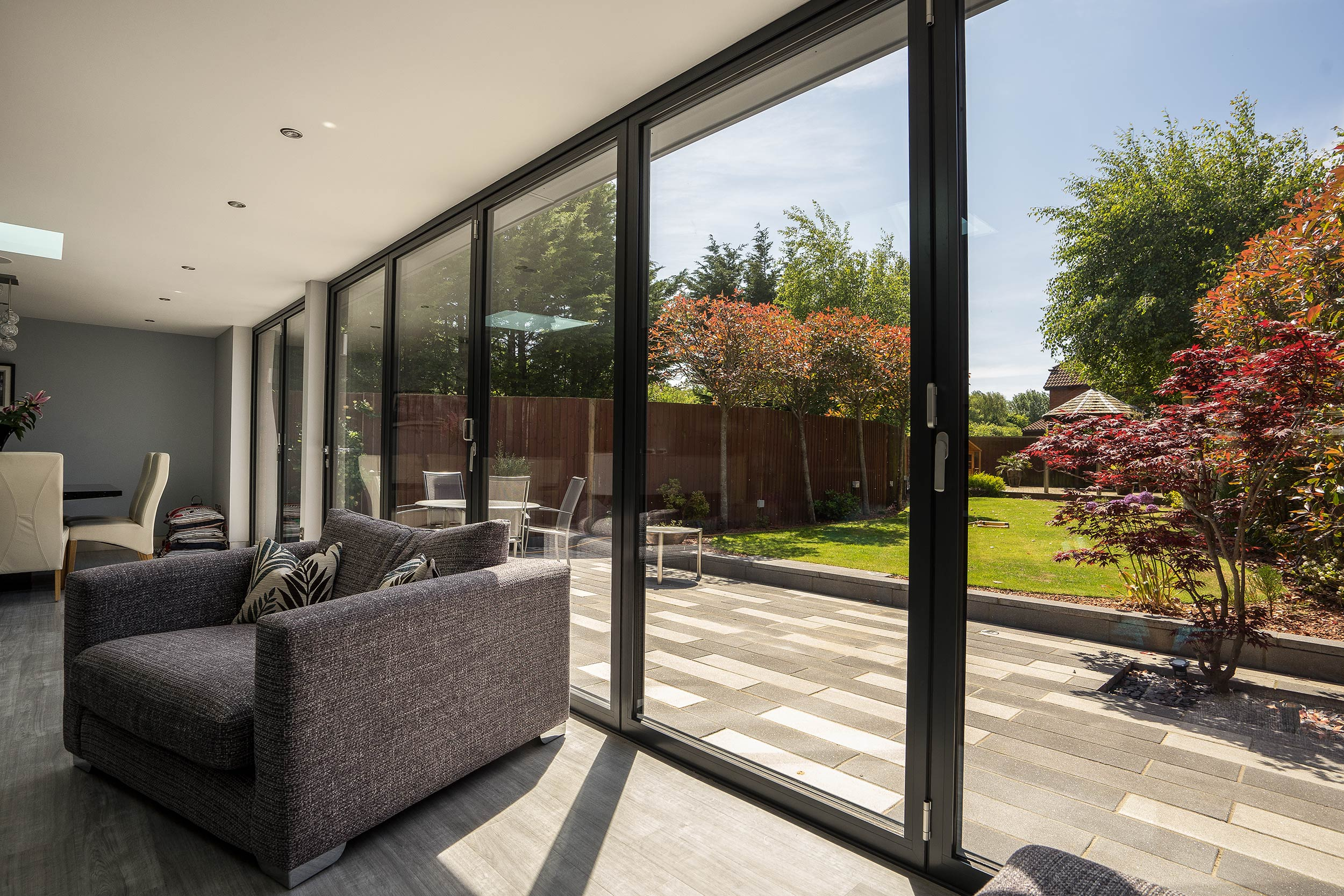 Page 3 showcase photo gallery john knight glass for Indoor outdoor doors