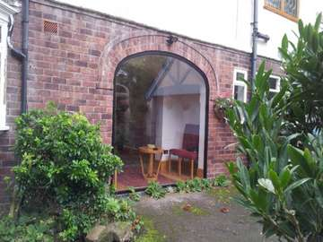 Large Arched Aluminium Fixed window , double glazed with 8mm low e soft Coat toughned glass. the installtion was carried out by our liverpool Installtion team . the installtion was in Southport