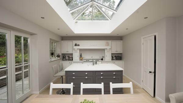 Straight on detail of the kitchen with perfect alignment of the roof lantern.