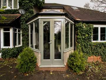 Updating this old conservatory with something new has given new live into this old space. Utilising the original base created a cost effective solution.
