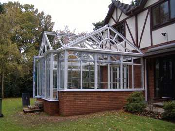 Mr & Mrs Holt : WILLASTON CHESHIRE : Design and Build of a 28oo white PvcU Conservatory. Triple Glazed