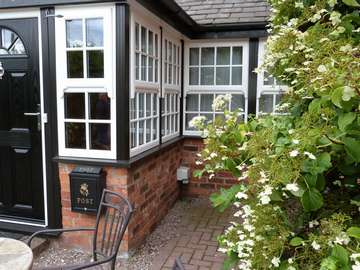 Whitchurch Cheshire : Instillation of 2800 whitewood windows with run through sash horns