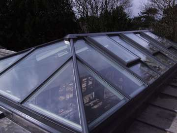 Mrs G, Stockton Heath, Manchester : Installation of our HWL roof lantern. Electric roof vents , glazed with Celsius one units . U value 1